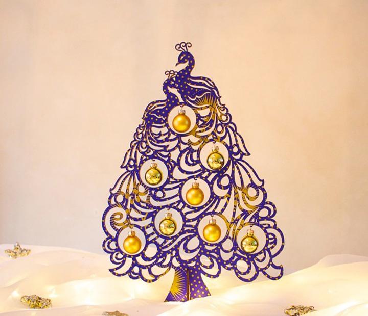 weihnachtsdeko christbaum pfau mit 8 kugeln aus glas weihnachtsb ume geschenke tischdeko. Black Bedroom Furniture Sets. Home Design Ideas